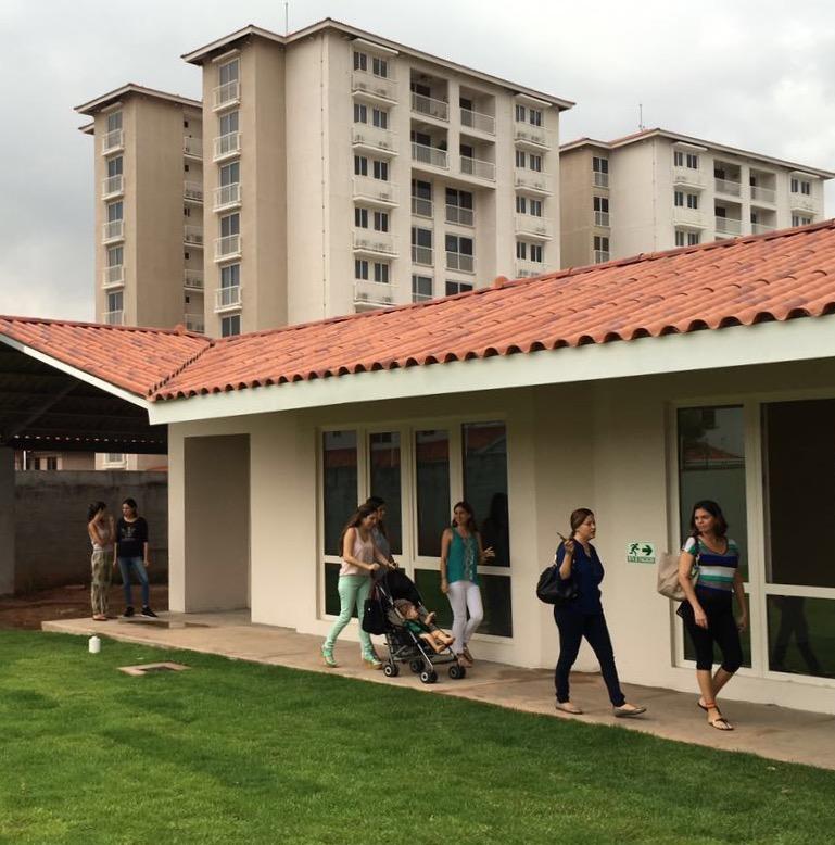 Jard n infantil cascanueces panam for Cascanueces jardin infantil medellin
